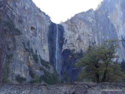 Yosemite National Park. Bridalveil Fall (4)