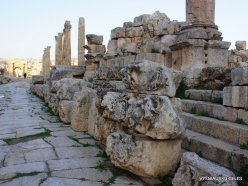 Jerash. Greco-Romanian city of Gearsa. Cardo Maximus (2)