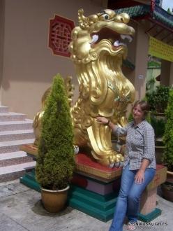 Pahang. Brinchang. Sam Poh Temple (4)