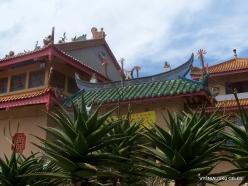 Pahang. Brinchang. Sam Poh Temple (6)