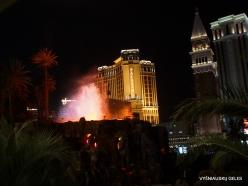 Las Vegas. Mirage Volcano Show (4)