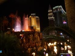 Las Vegas. Mirage Volcano Show (9)