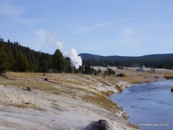 Yellowstone. Upper Geyser Basin. Firehole River (5)